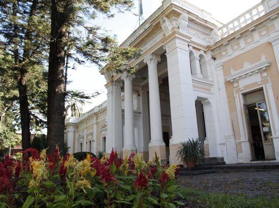UNT – Universidad Nacional de Tucumán