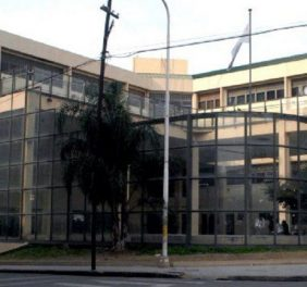 Universidad Autónoma...
